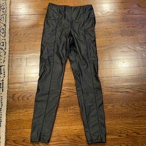 Lysse faux leather legging